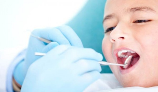 Подготовка ребенка к лечению у стоматолога (6+)